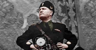 Benito Mussolini, Hemingway