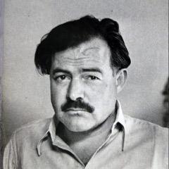Ernest Hemingway, heridas, avión